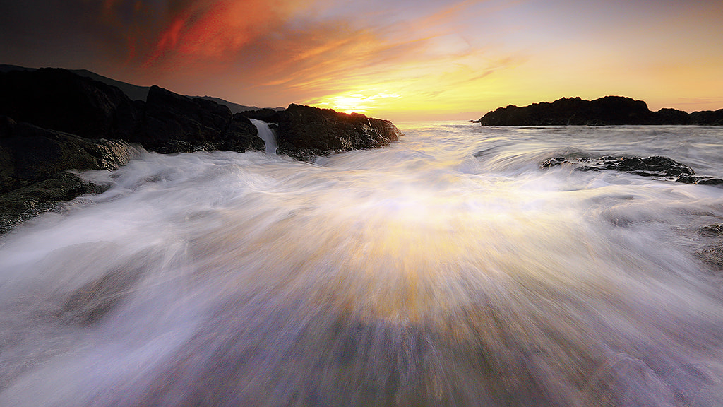 Photograph Strands of wave by carlos david on 500px