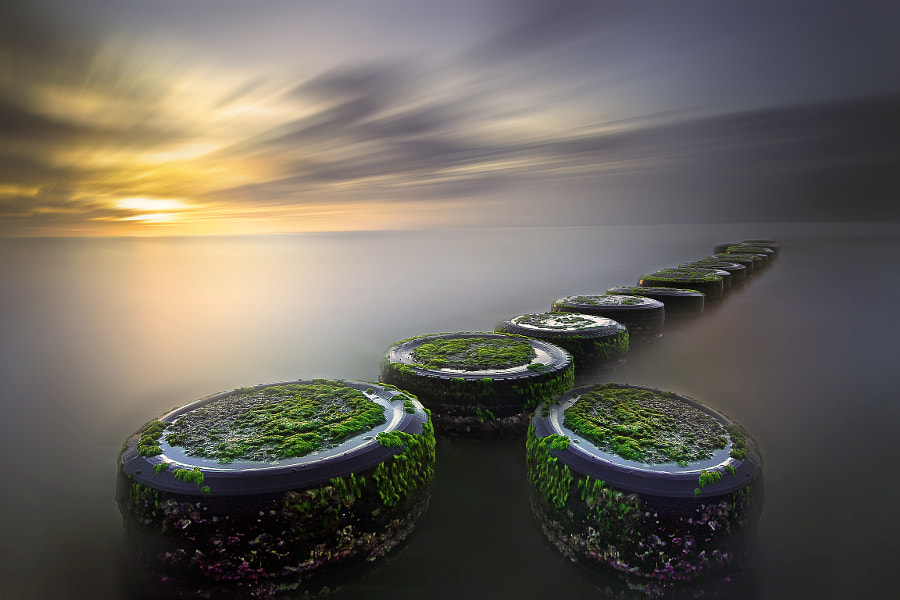 wheels of the sea by Ariel Fernandez on 500px.com