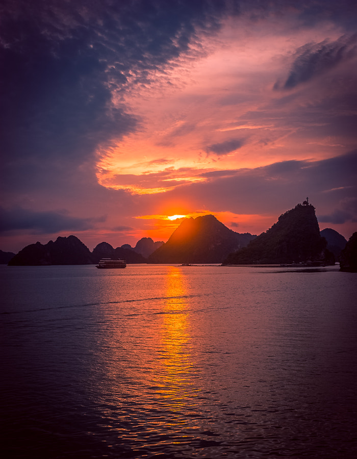 Ha Long Bay Sunset