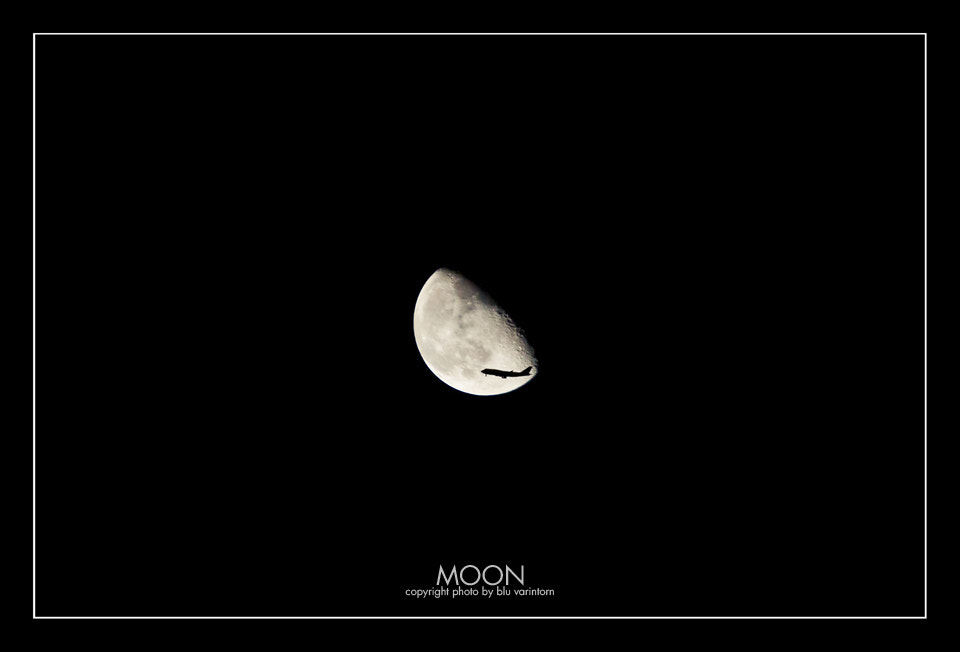 Photograph moon by varintorn sajjapallawanich on 500px