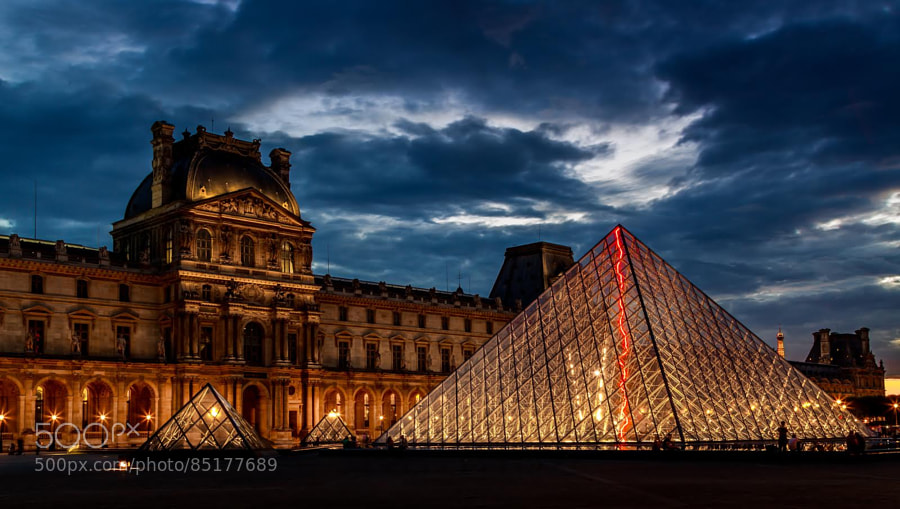 Photograph Blue Hour at the Louvre by Rafael Ramirez on 500px