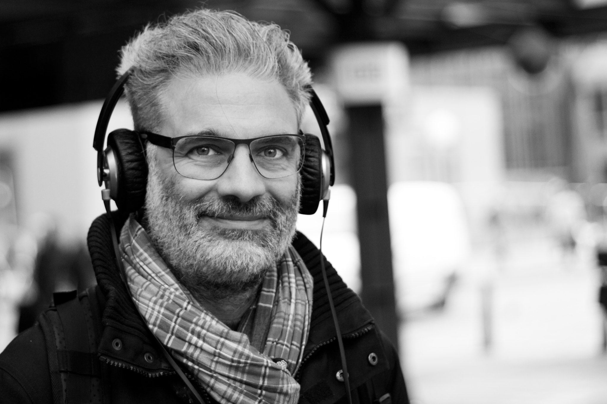 Photograph headphones by Eike Freywald on 500px
