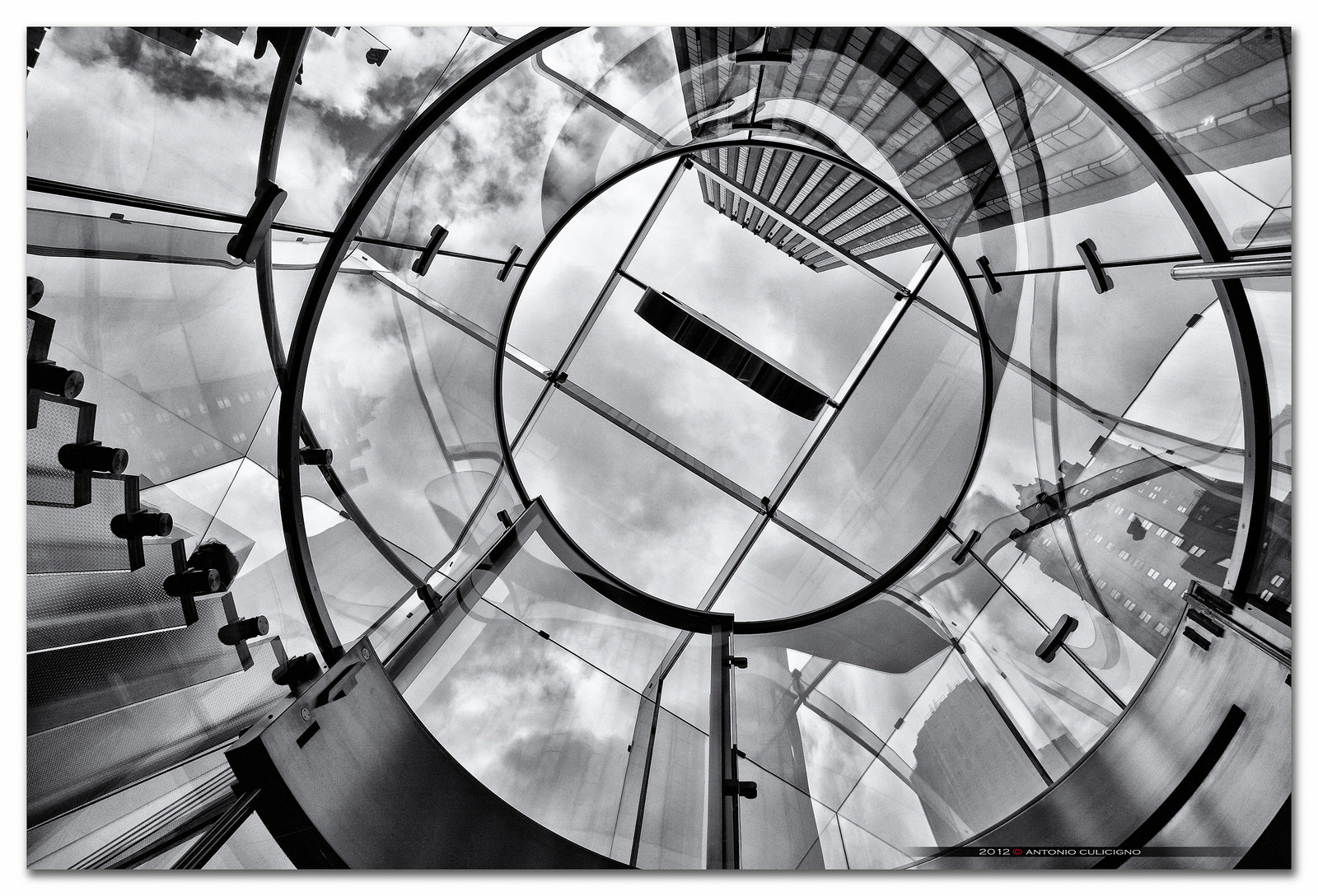 Photograph Apple Store - NYC by Antonio Culicigno on 500px