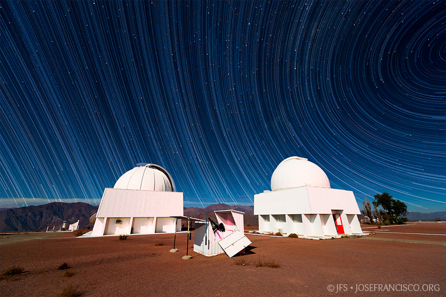 Photograph Celestial Hemispheres from Cerro Tololo by José Francisco Salgado on 500px