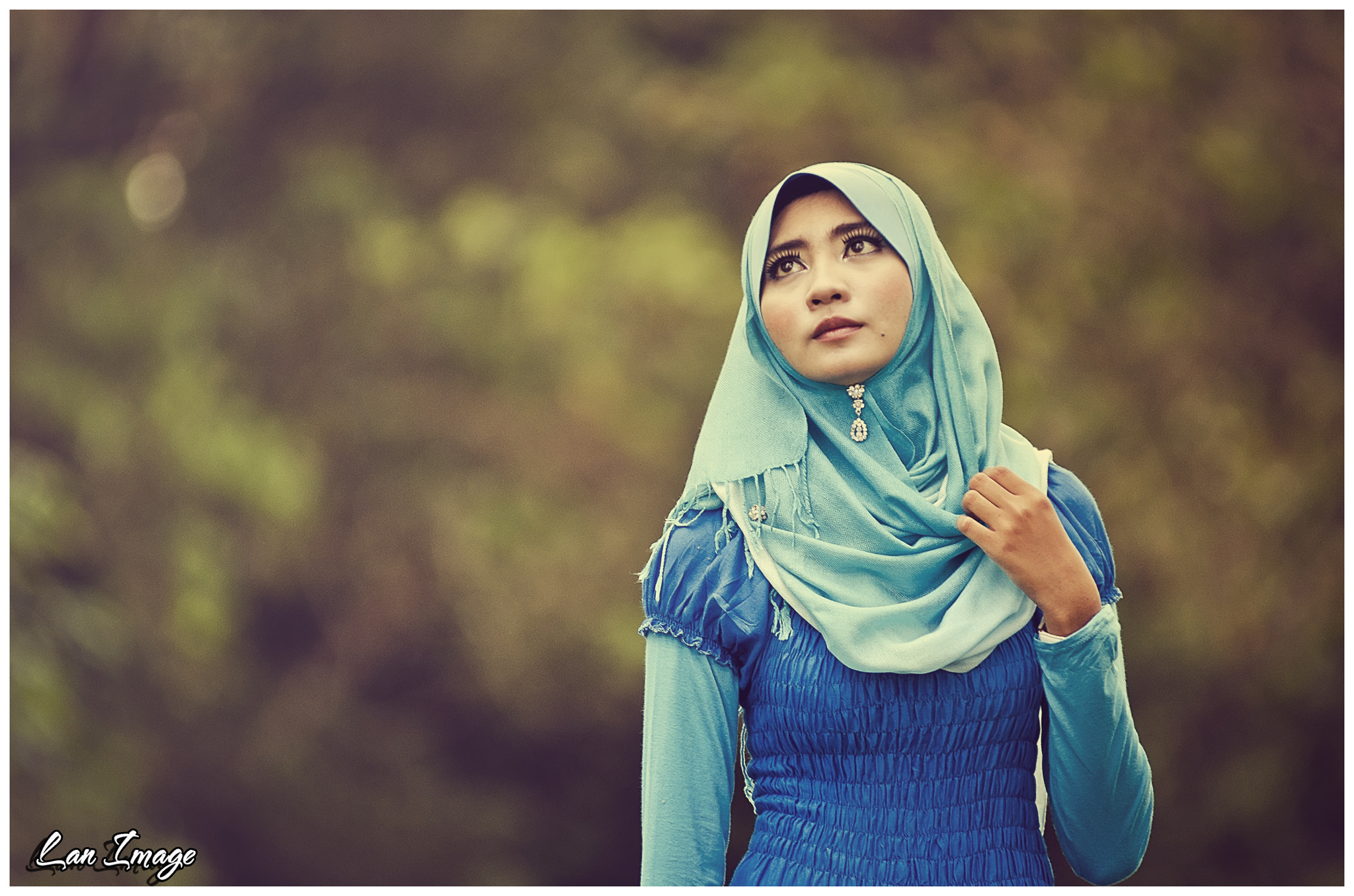 Photograph The Lady in BLUE  by Azlan Mohamad on 500px