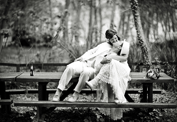 Photograph Casual Wedding Kiss by Manuel Orero on 500px