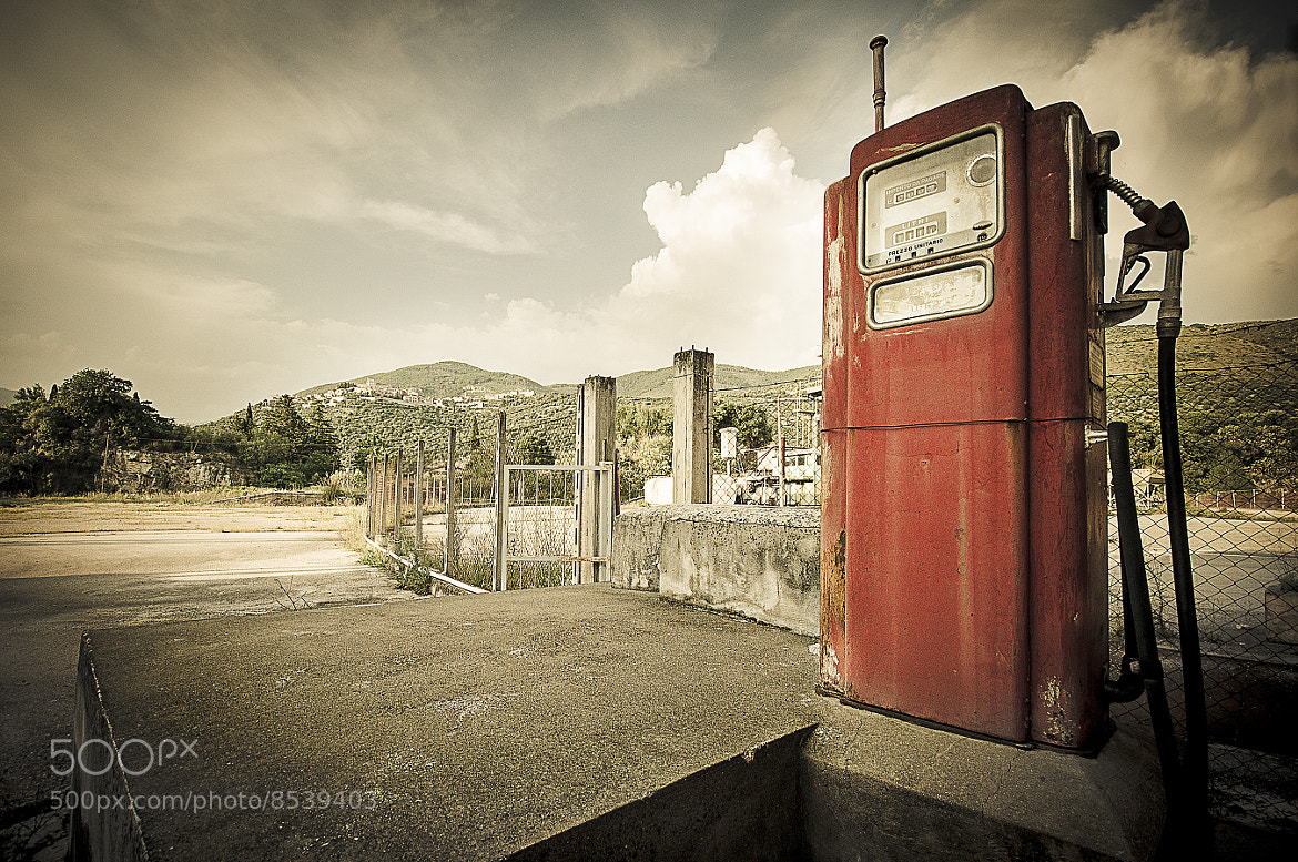 Photograph abandoned gas station by Antonio Cutrona on 500px