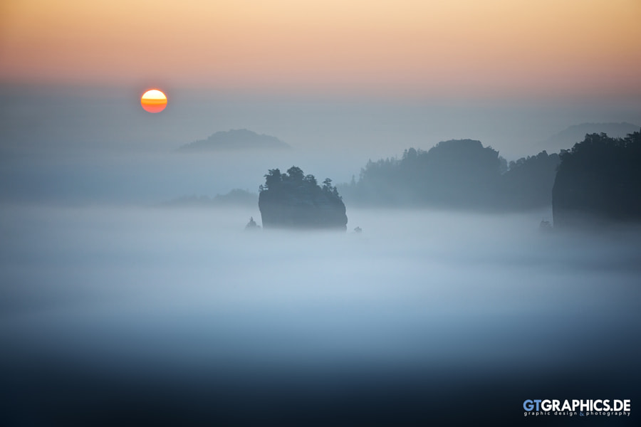 Lonely Island by Tobias Roetsch on 500px.com