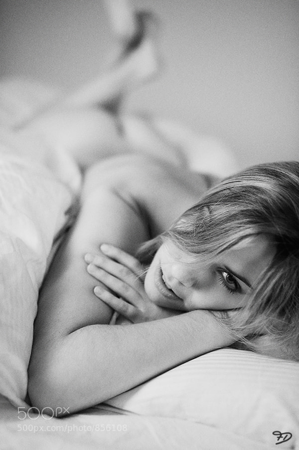 Photograph in bed by Frank Decker on 500px
