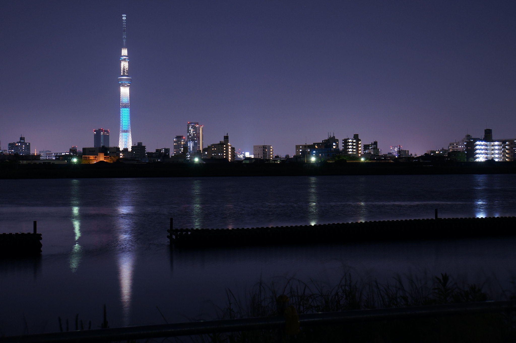 Photograph across the river by shuso itaoka on 500px