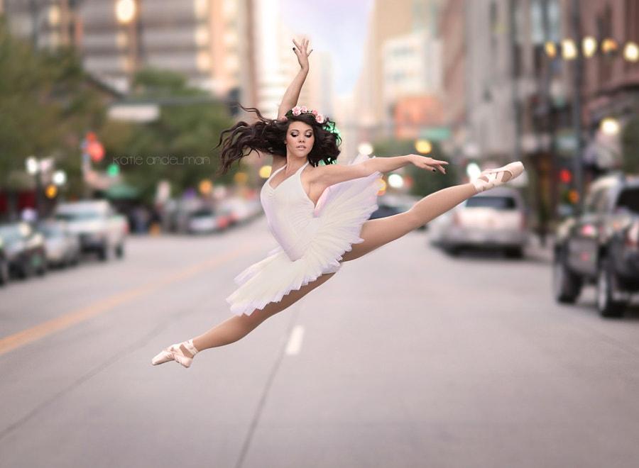 in flight by Katie Andelman  on 500px