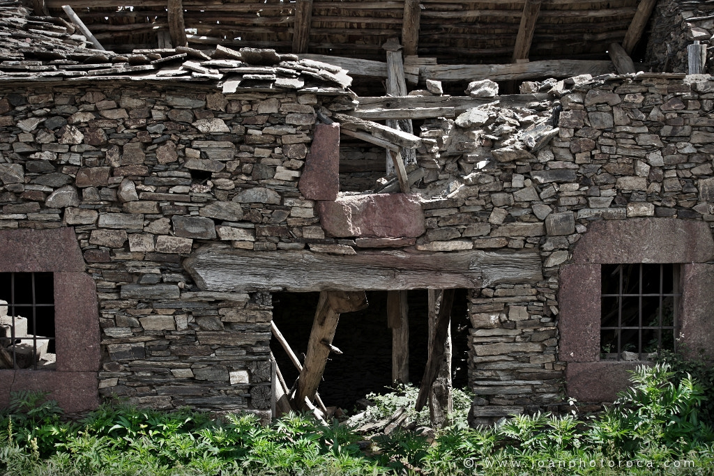 Photograph The Appeal of Rural Decay 5 by Joan Roca Febrer on 500px