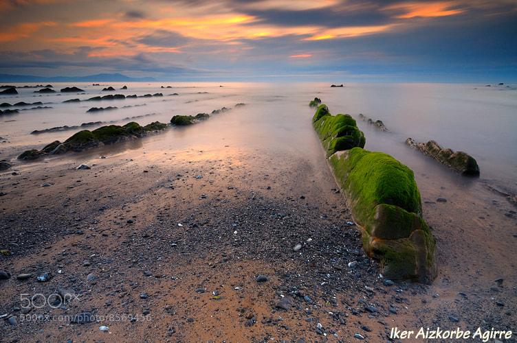 Photograph Kurbetatik aratago... / Más allá de las curvas... / Beyond the curves... by Iker Aizkorbe on 500px