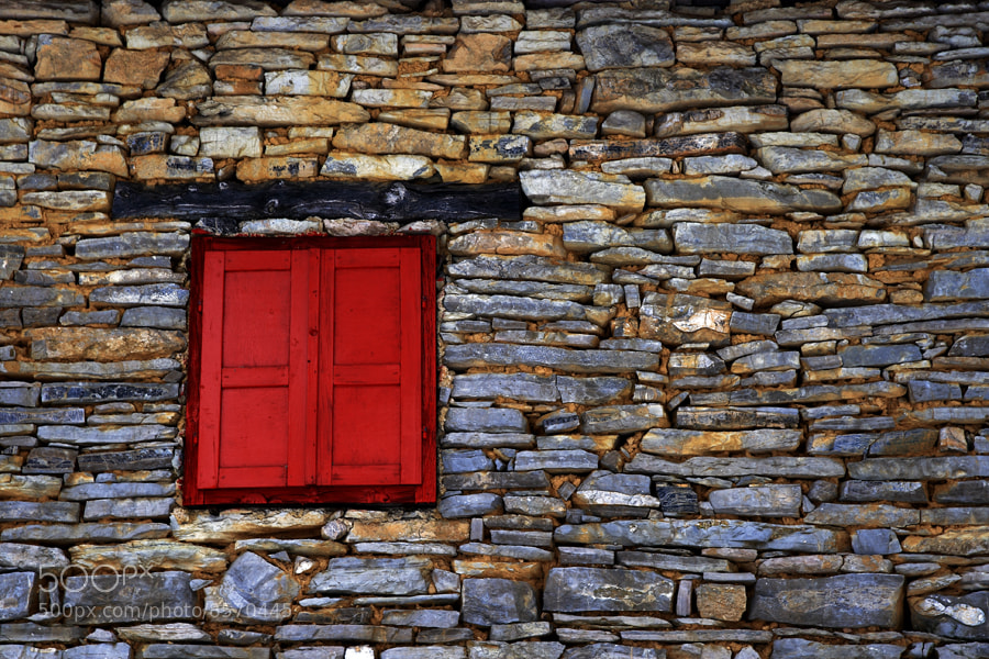 Photograph Red shutters by Uroš Kenda on 500px