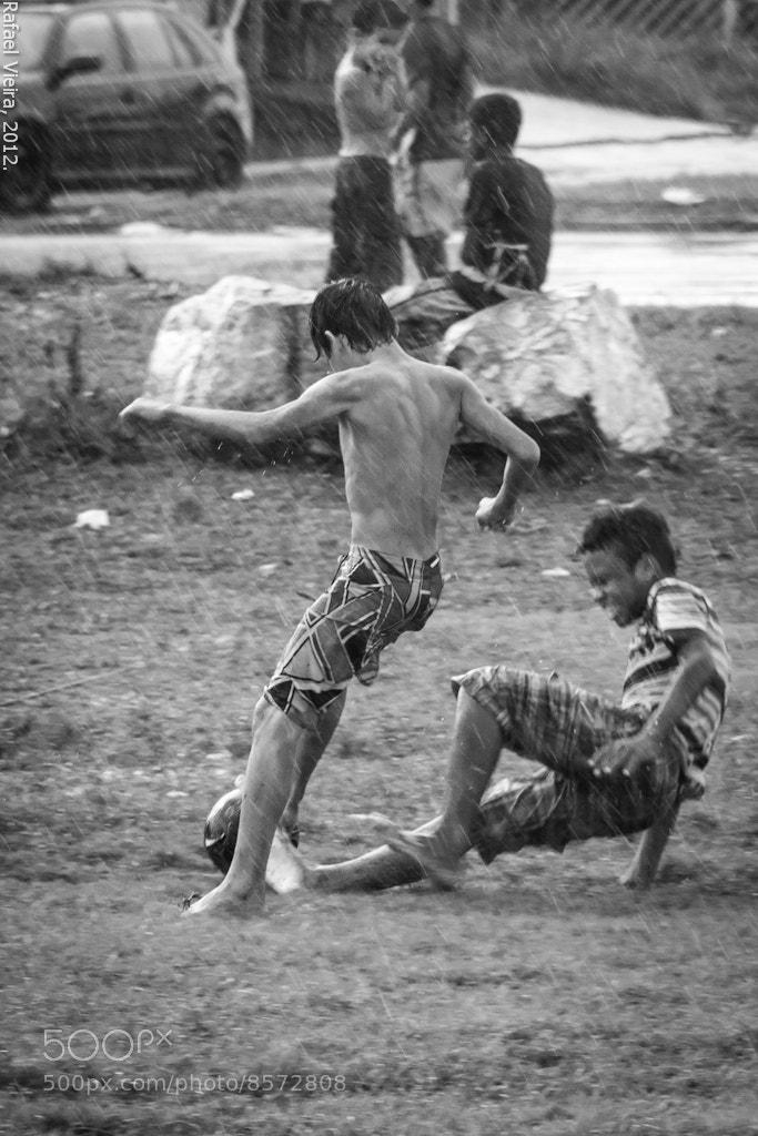 Photograph Futebol na chuva by Rafael Vieira on 500px