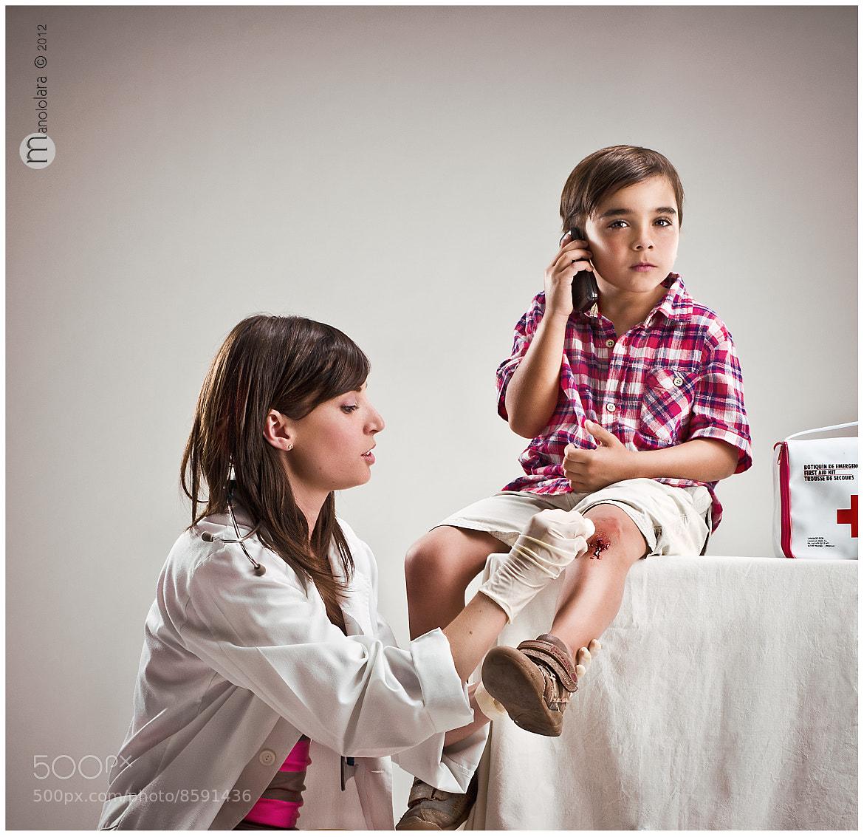 "Photograph "" Mamá estoy bien"" by MANUEL  LARA  on 500px"