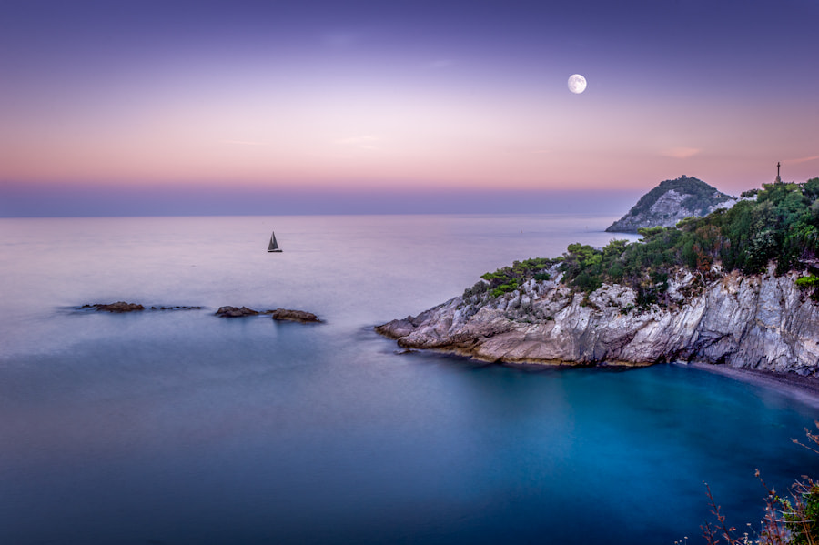 Photograph Sunset in Liguria, Italy by Angel Sanguinetti on 500px