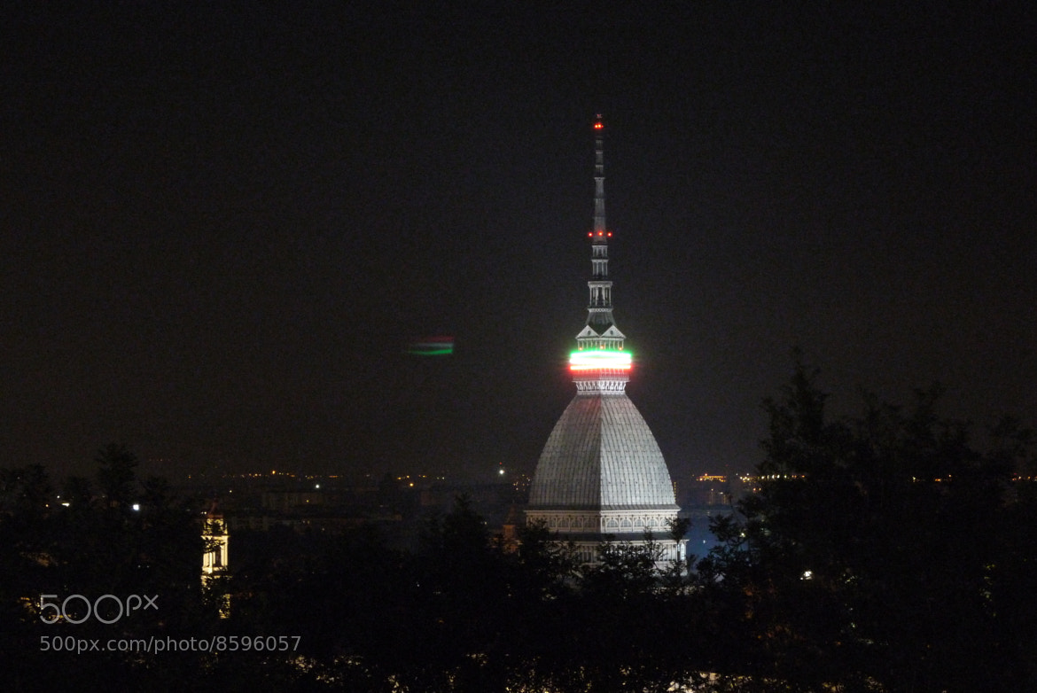 Photograph Mole Antonelliana tre colori by Terence Duivenvoorden on 500px