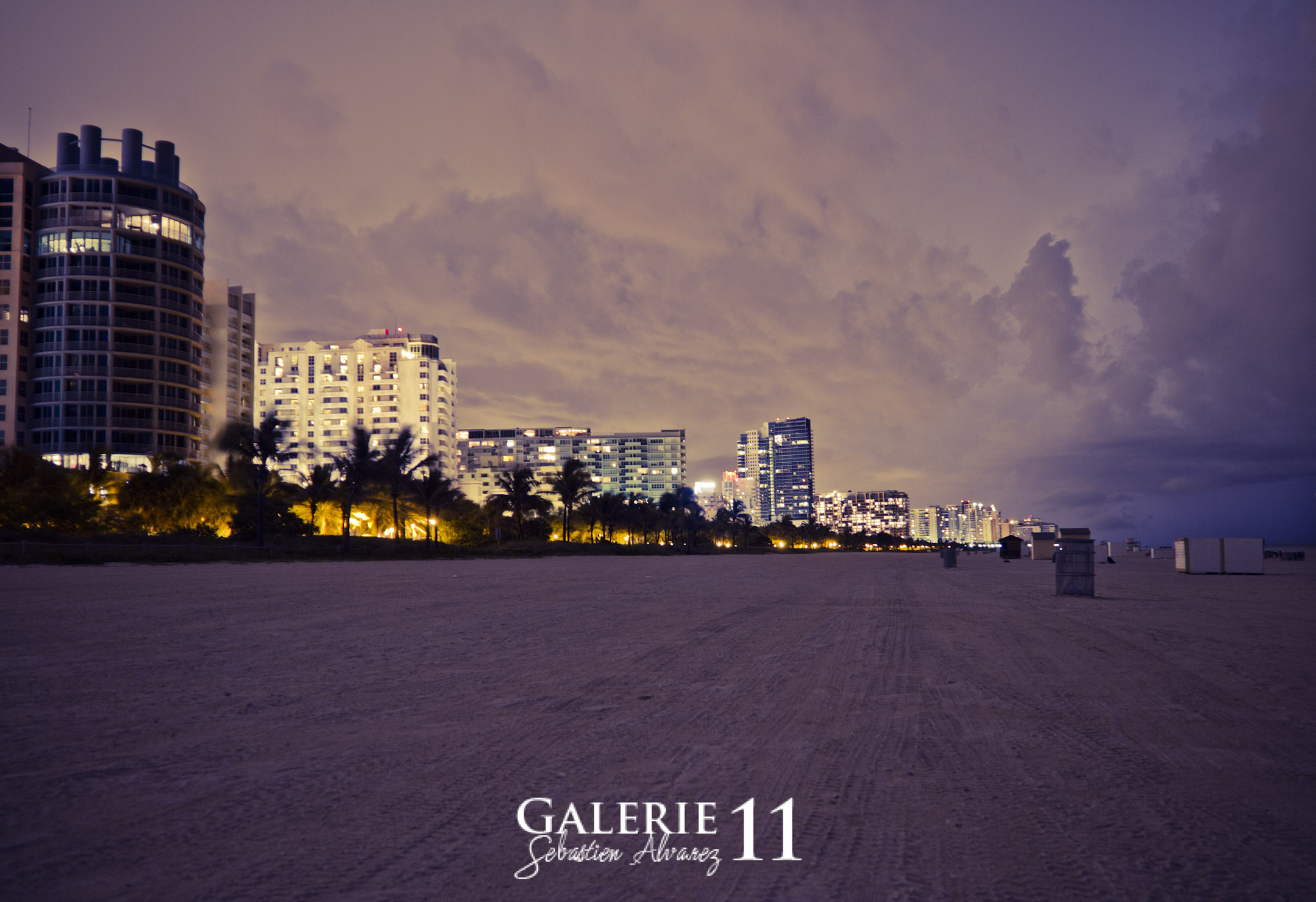 Photograph MIAMI_BEACH BY NIGHT by Sebastien Alvarez on 500px