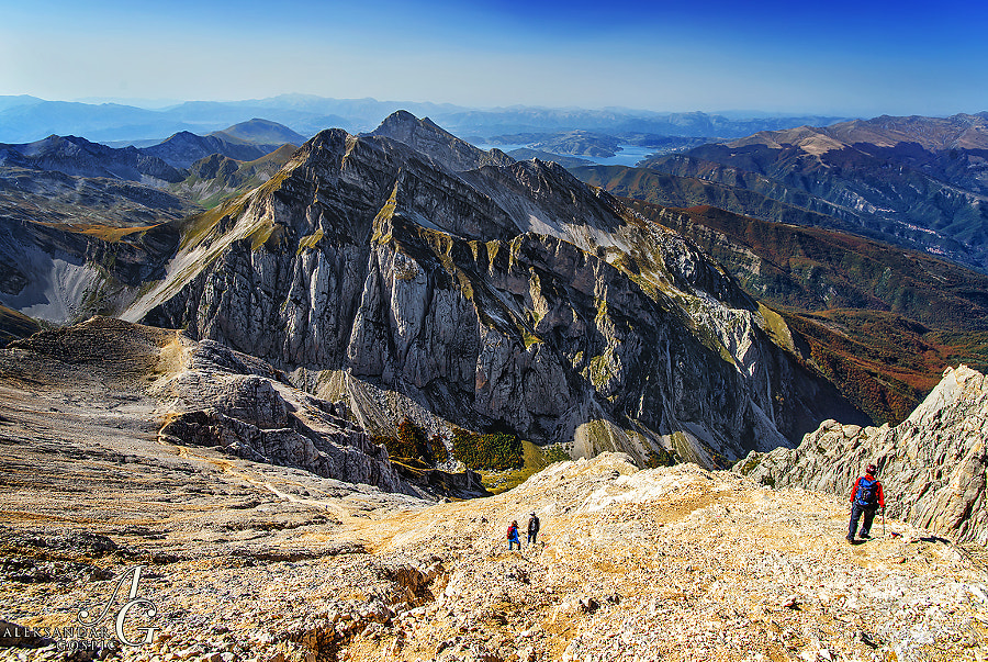 On the way to the summit of Corno Grande (2914m), the highest peak of the Apennines and the Italian boot, it is not a problem to find an excuse to pause and look back, because your breath stops figuratively and literally