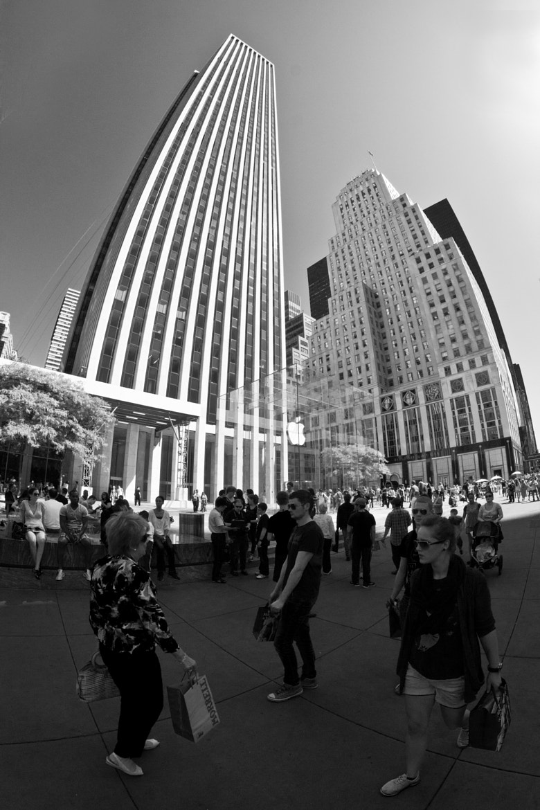 Photograph Apple Building NY by Steven Biggs on 500px