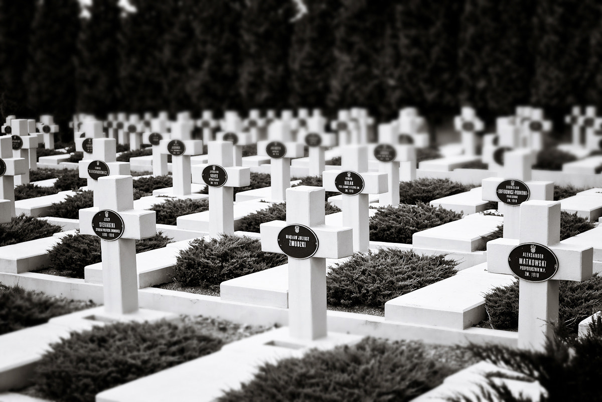 Photograph Polish graves by Nastas'ya Vandalkovskaya on 500px
