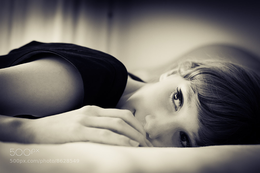 Photograph Sara by Darco TT on 500px