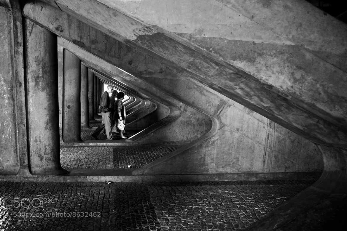 Photograph Confined by Fernando Coelho on 500px