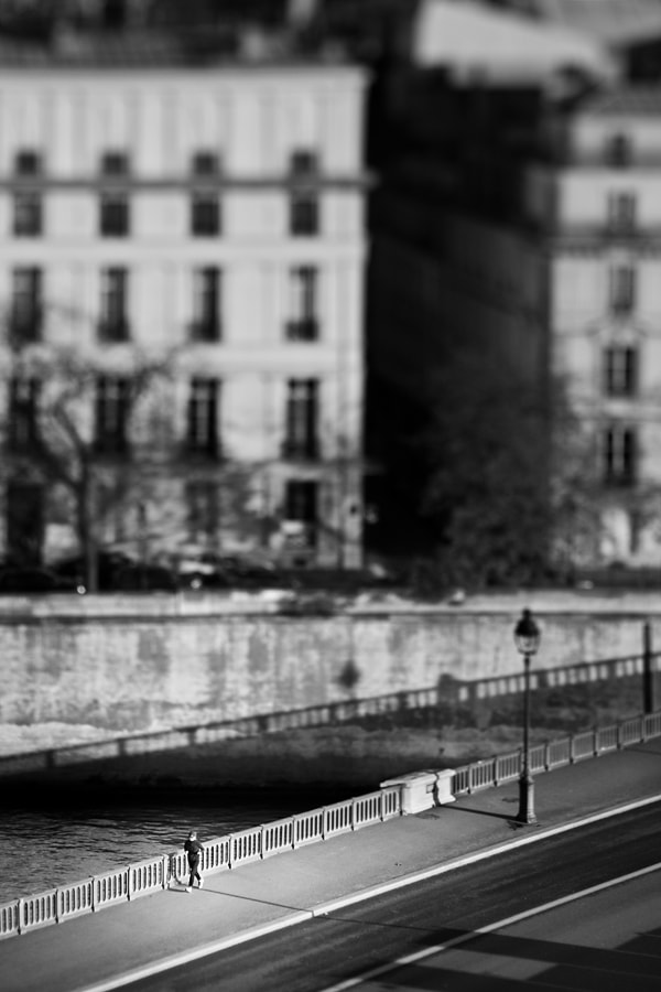 Photograph Tilted runner by Regards Parisiens on 500px