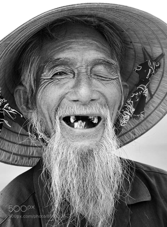 Photograph Vietnamese fisherman by PD Barton on 500px