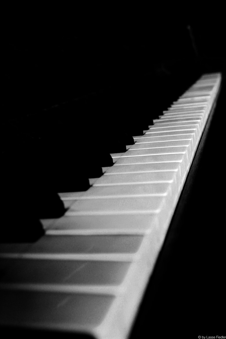 Photograph Piano by Lasse Fiedler on 500px
