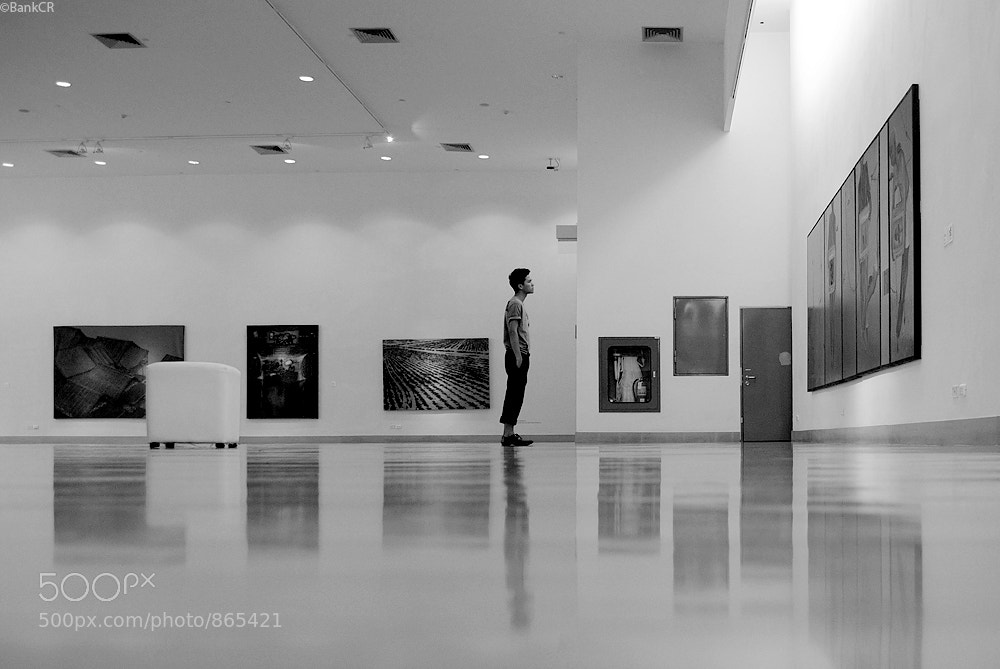 Photograph man in musem by poneaks sirivetaumnuikit on 500px