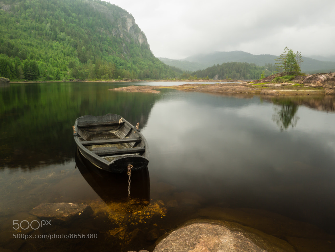 Photograph Old rowing boat in Gardvann II by Tom Øyvind Hogstad on 500px