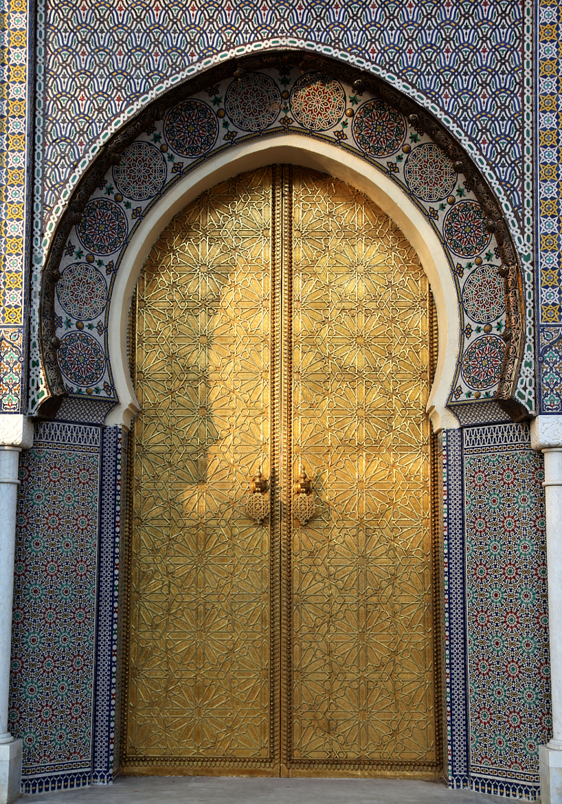 Photograph DOOR COLLECTION - ROYAL PALACE by armando cuéllar on 500px