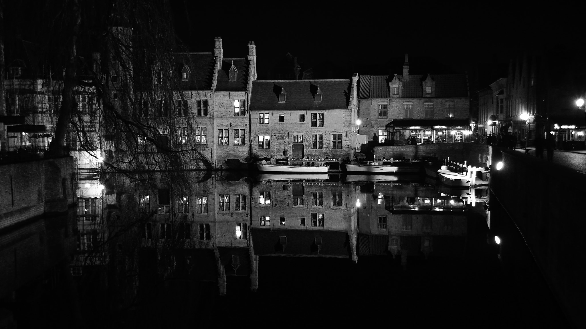 Photograph Reflections in Widescreen by Matt Robinson on 500px
