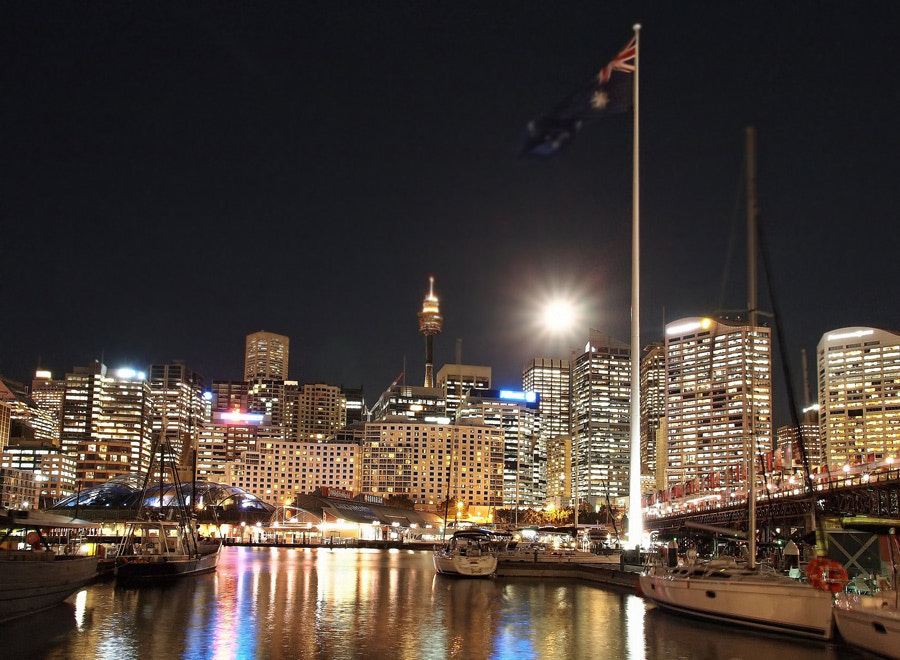 Darling Harbour under the full moon