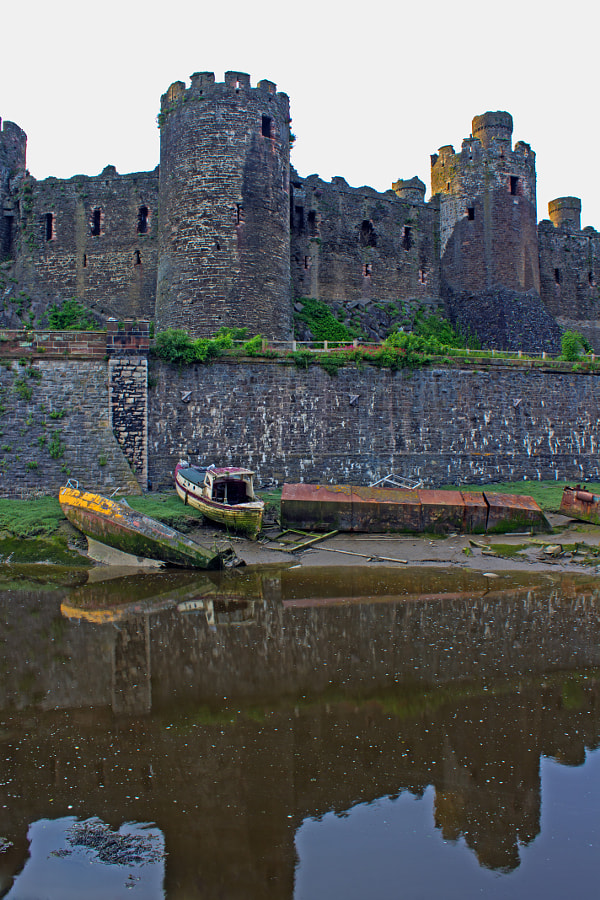Conwy Castell and this is the Castle\'s natural moat formed from the estuary, Afon Conwy.