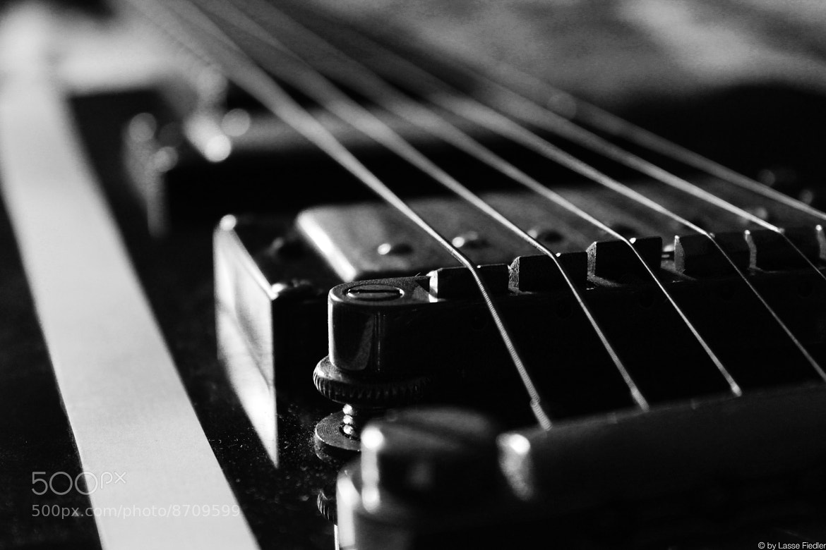 Photograph Guitar by Lasse Fiedler on 500px
