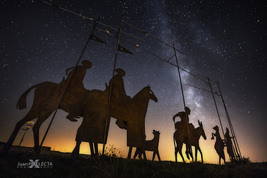 """""""ROAD TO THE STARS"""" / """"POR ALGO LO LLAMAN EL CAMINO DE LAS ESTRELLAS"""" de Juan PIXELECTA en 500px.com"""
