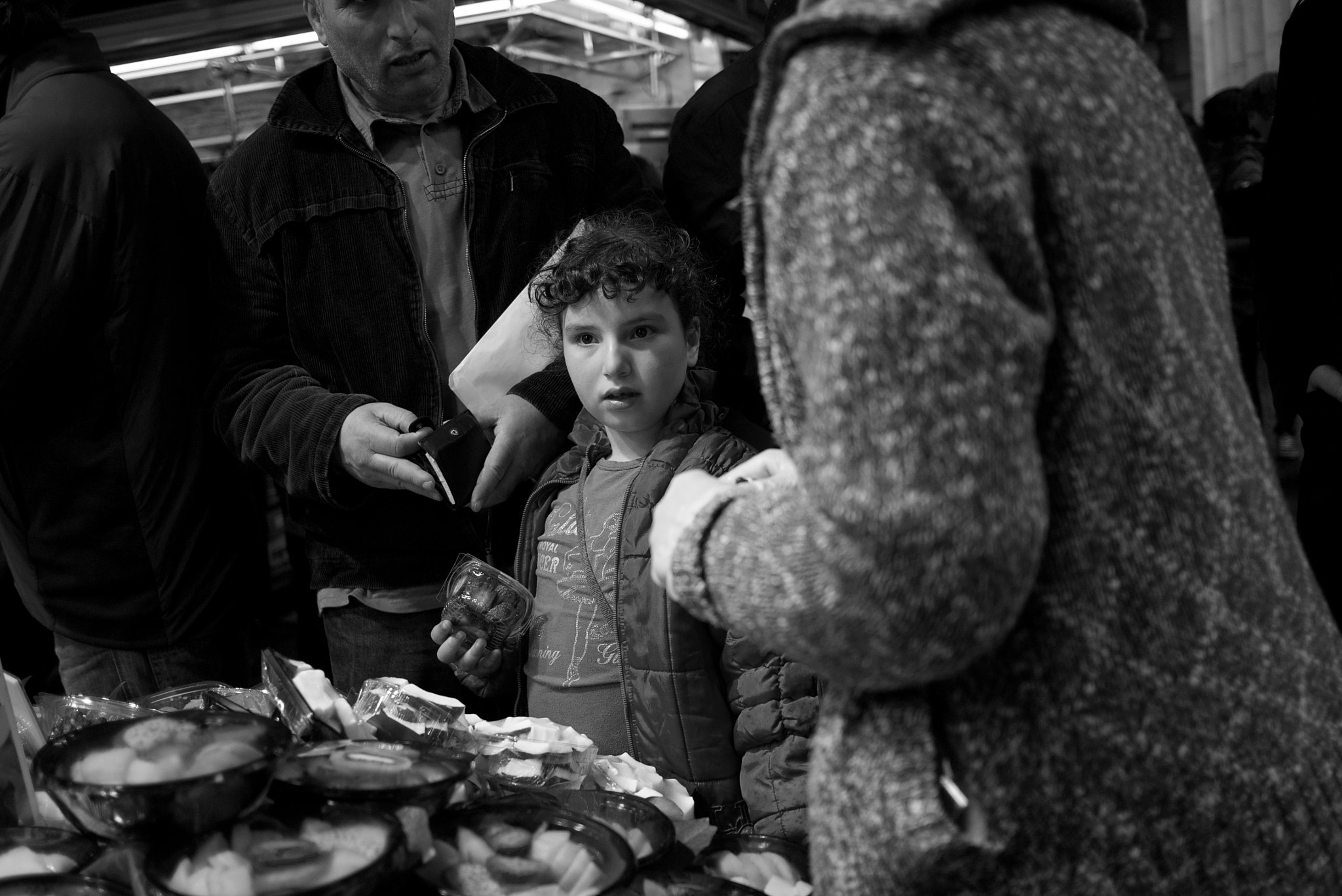 Photograph Gazes at the Boquería Market, I by Eduardo Páramo on 500px