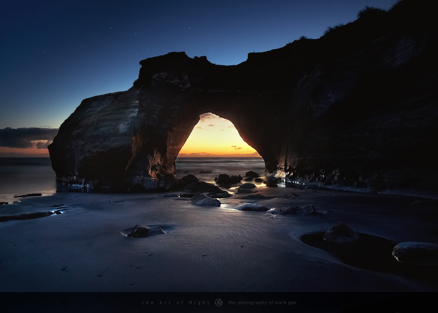 Hole In The Rock by Mark Gee on 500px.com
