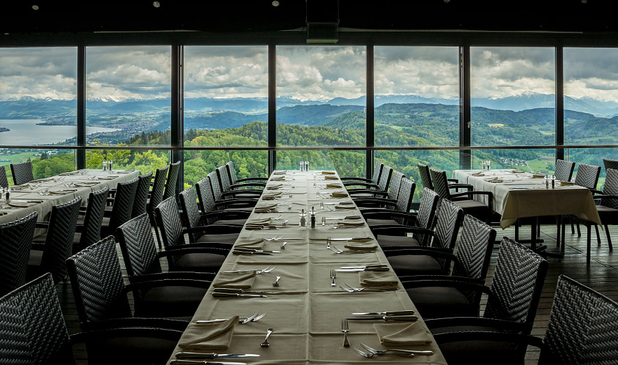 Swiss Views X, a view to dine to!