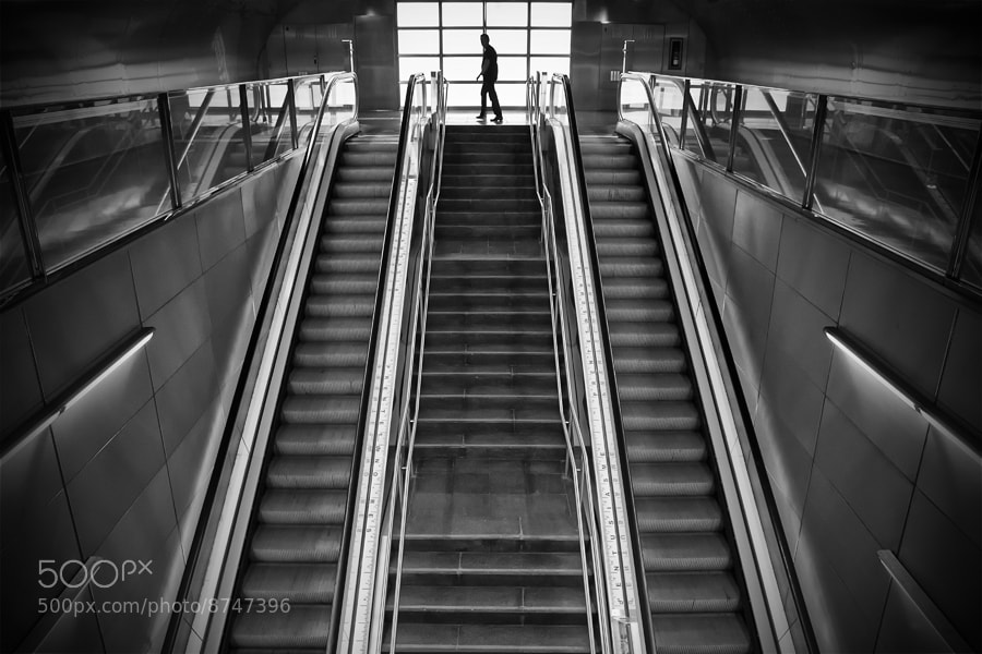 Photograph Metro Vall d'Hebron (II) by Juan Novakosky on 500px