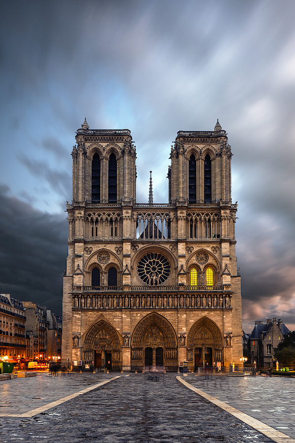 Photograph Notre Dame de Paris by Silviu Bondari on 500px