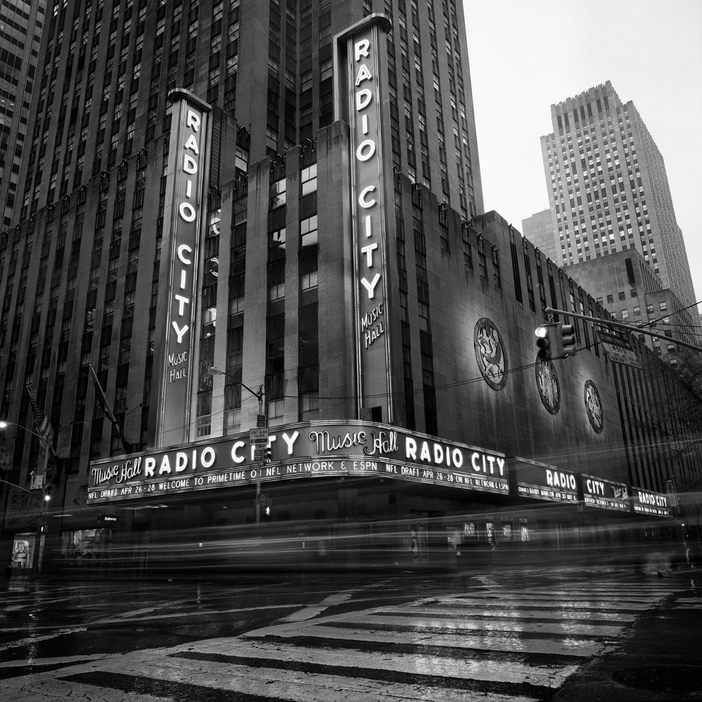 Photograph Radio City In Rain by Randy Lemoine on 500px