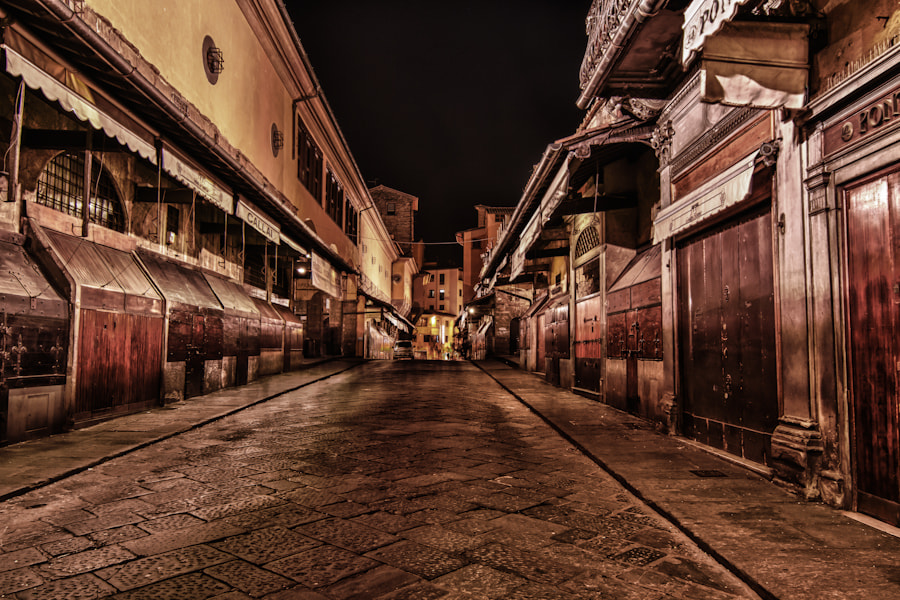Photograph Inside the Ponte Vecchio by David Edenfield on 500px