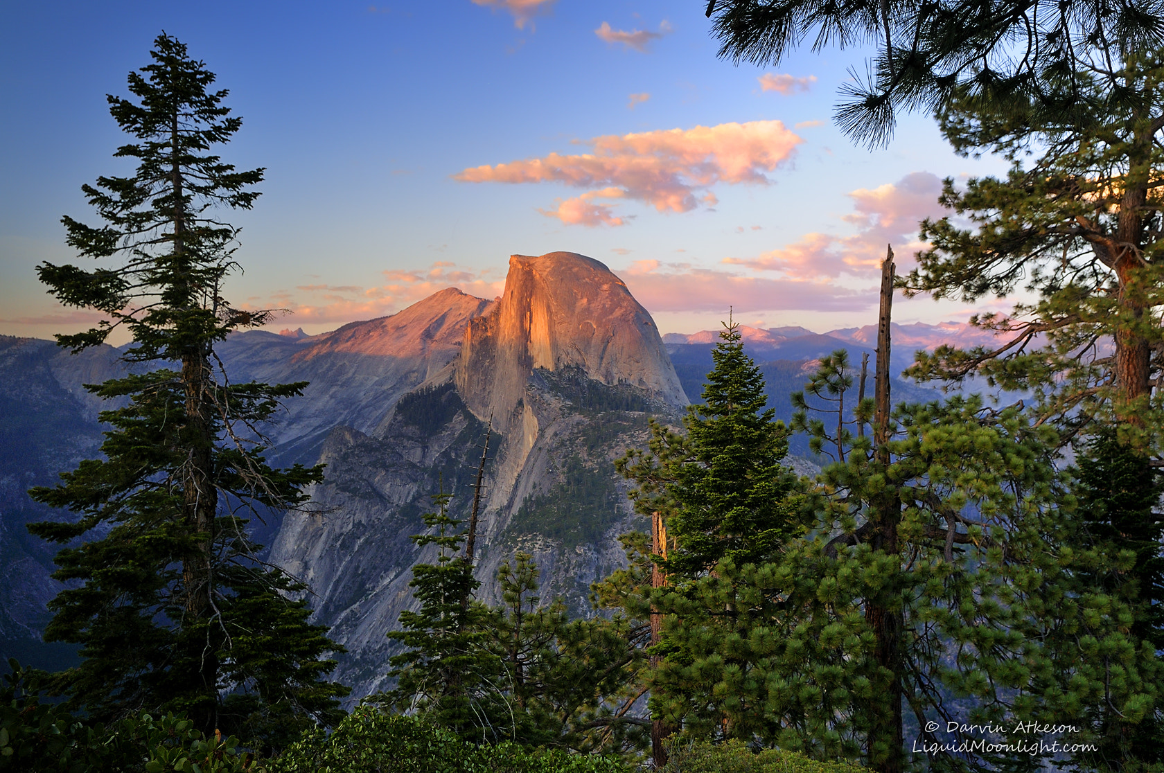 Photograph Framing an American Icon by Darvin Atkeson on 500px