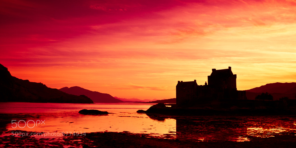 Photograph Eilean Donan by Andrew Briggs on 500px