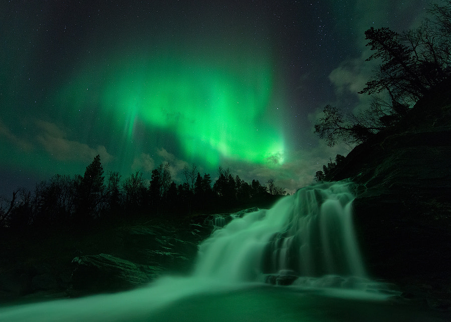 The Glowing Fall by Arild Heitmann on 500px.com