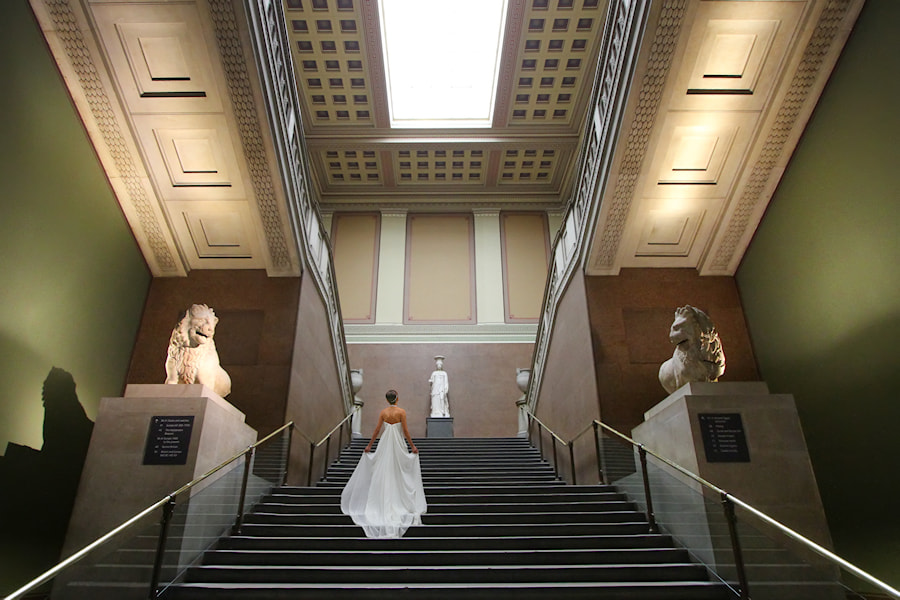 Photograph Bride at the Museum  by Carlos Gotay on 500px